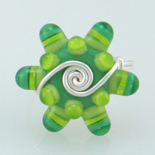 bright-green-glass-bead-rin